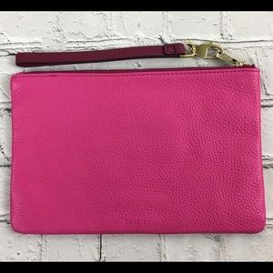 NWOT Fossil Raspberry Color Leather Wristlet
